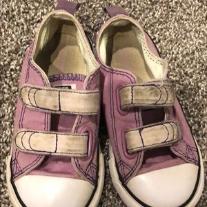 Girls converse all star shoes